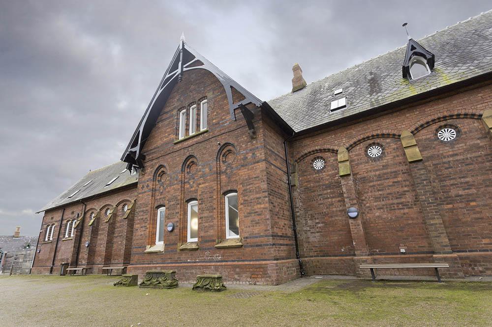 Central Lodge, Stewarts Park